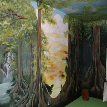 Rain forest mural commissioned by long time client who was frustrated by lack of rain forest themed wall coverings. She initially called us for another project.  Long story short, our client did not need wall covering. Mural Painted by Thom Kostura.